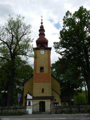 Kościół przy rynku w Krościenku nad Dunajcem