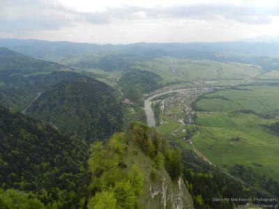Widok z Trzech Koron na Dunajec i Sromowce